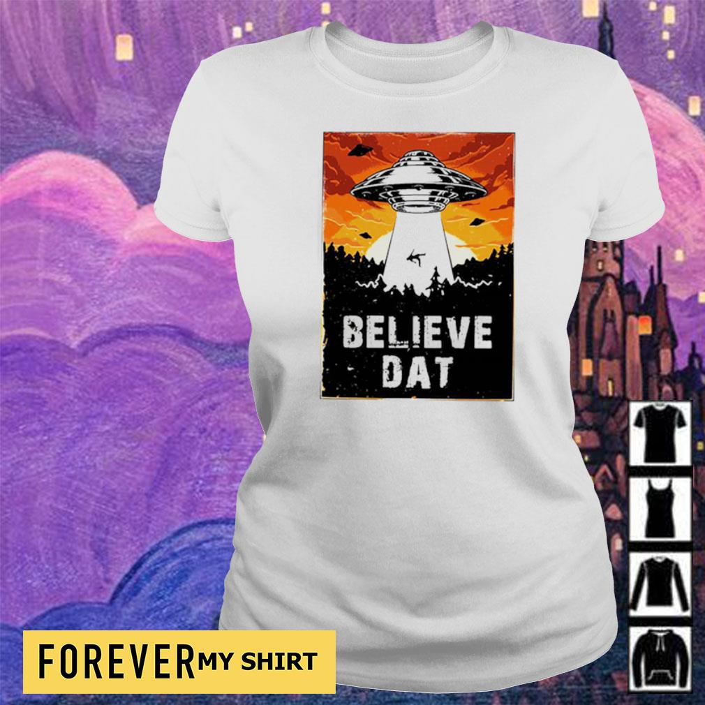Awesome UFO believe dat s ladies