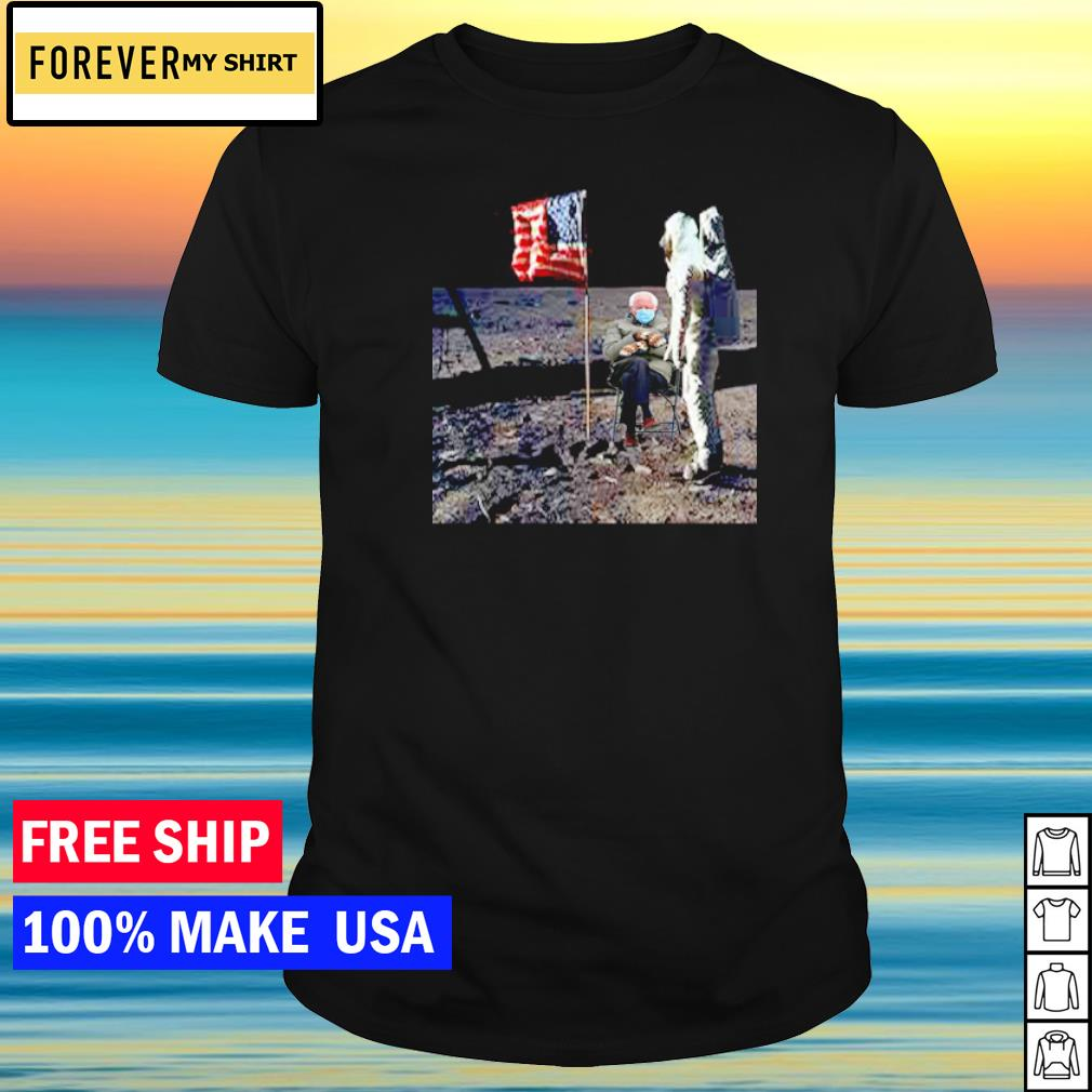 Astronaut Bernie Sanders on the moon American Flag shirt