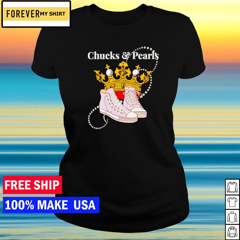 Queen Kamala Harris wearing chucks and pearls on inauguration's day s ladies tee
